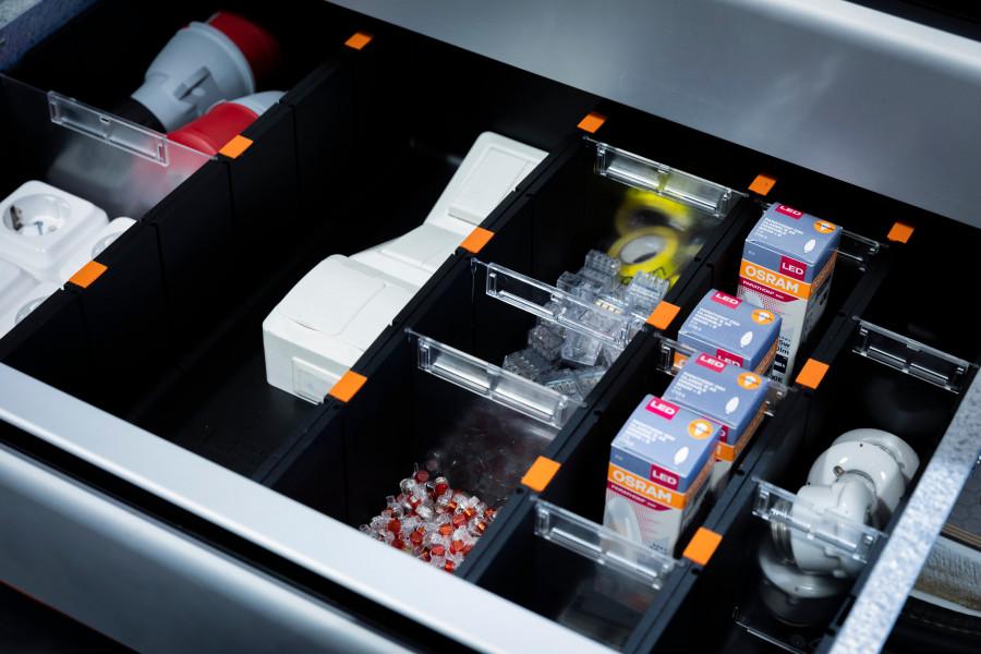 Accessoires voor de lades van uw bedrijfswageninrichting